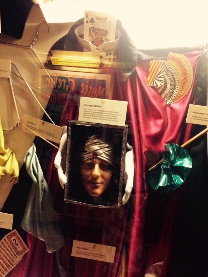 Costumi e trucchetti di scena del Cabinet Fantastique