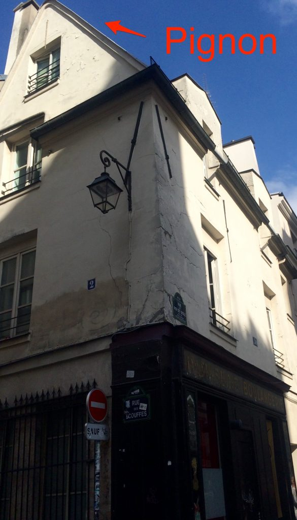 Casa epoca Louis XIII