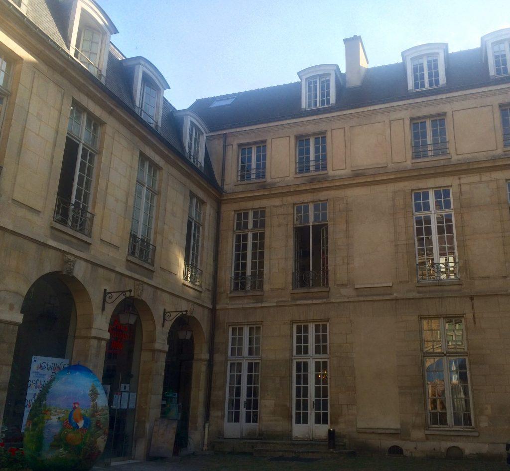 Hôtel particulier in stile classico