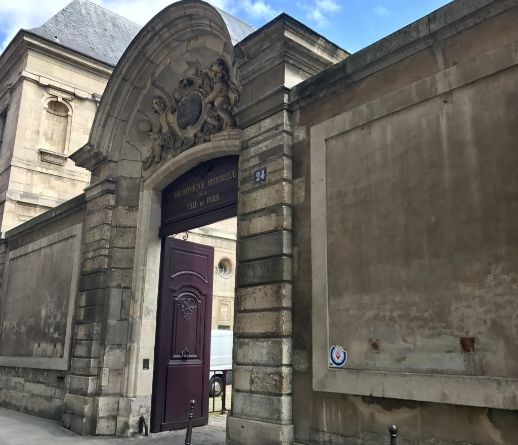 Accesso Hôtel de Lamoignon