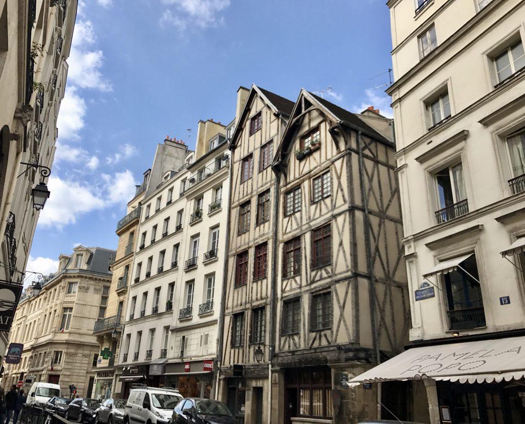 Rue François-Miron, case a graticcio