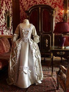 Robe à la française sposa
