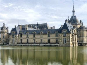 Petit Chateau Chantilly