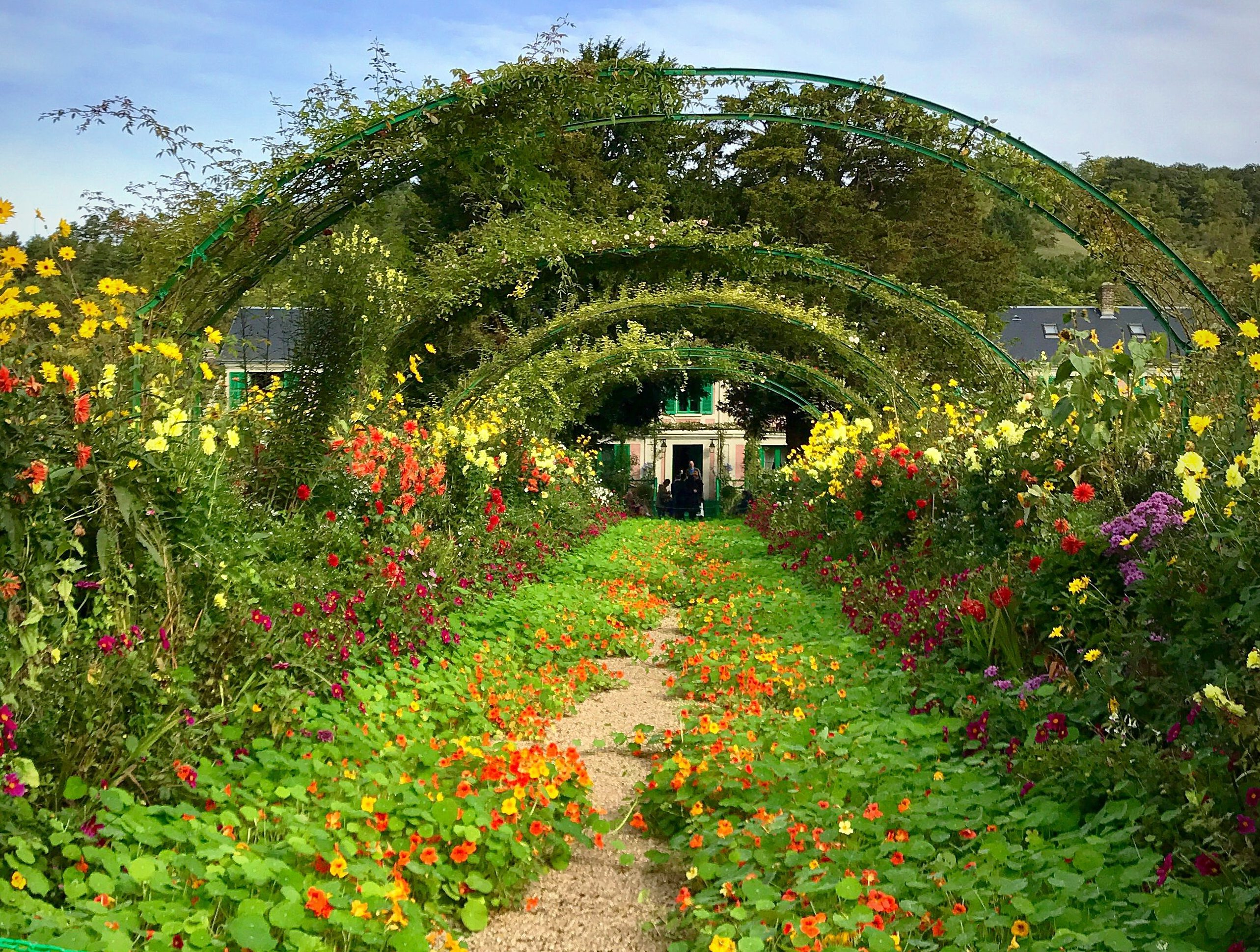Giverny tunnel