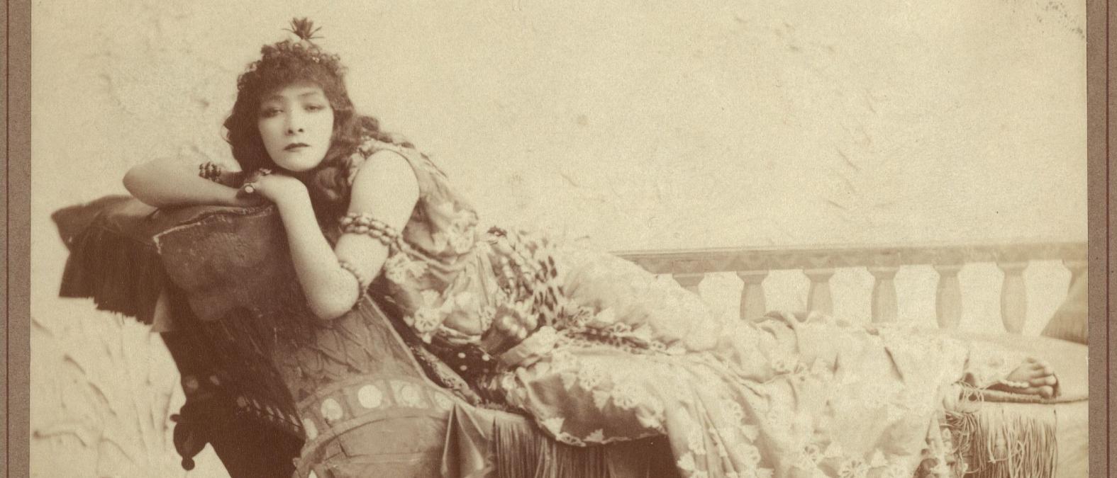 Sarah Bernhardt o la diva dai canini di velluto