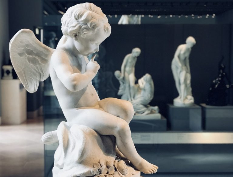 Arti decorative... Falconet-1757-Amore-che-minaccia-per-Eliseo-Mme-de-Pompadour-768x585
