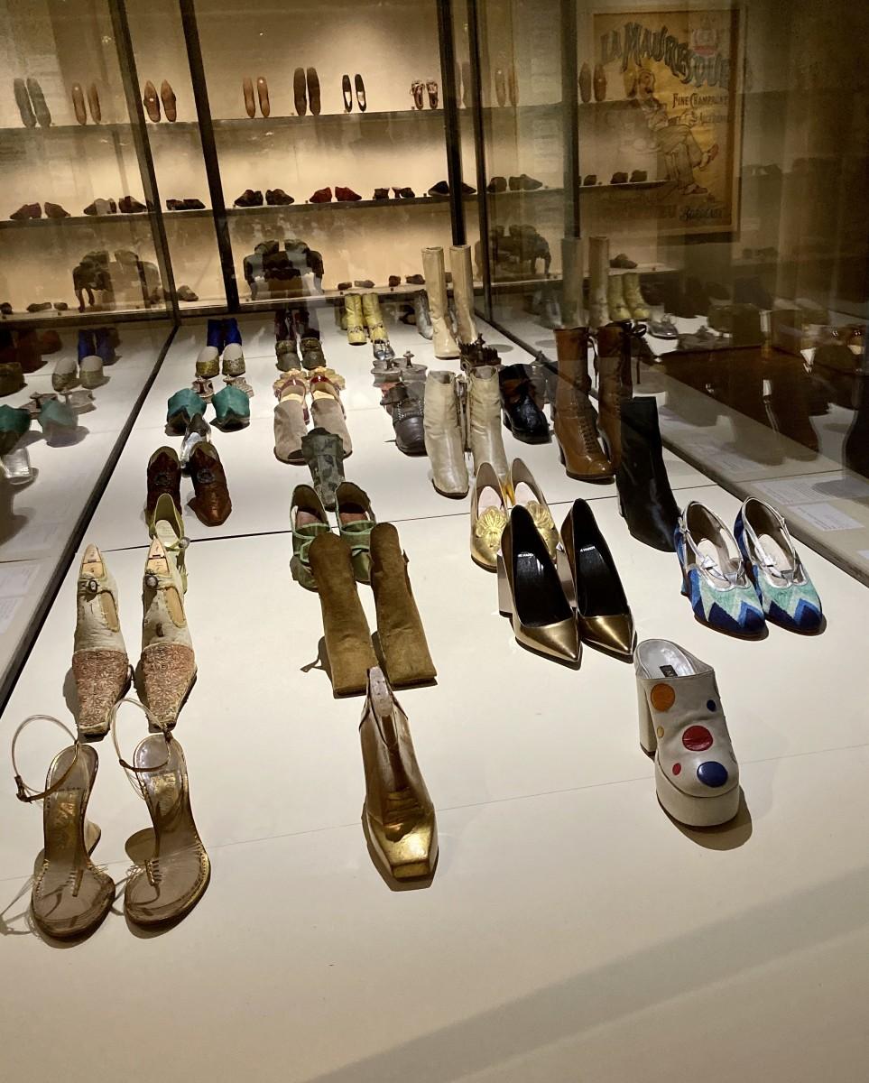 Marche et demarche scarpe