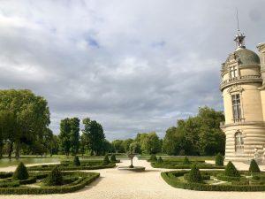 Il giardino realizzato di fronte al Petit Château